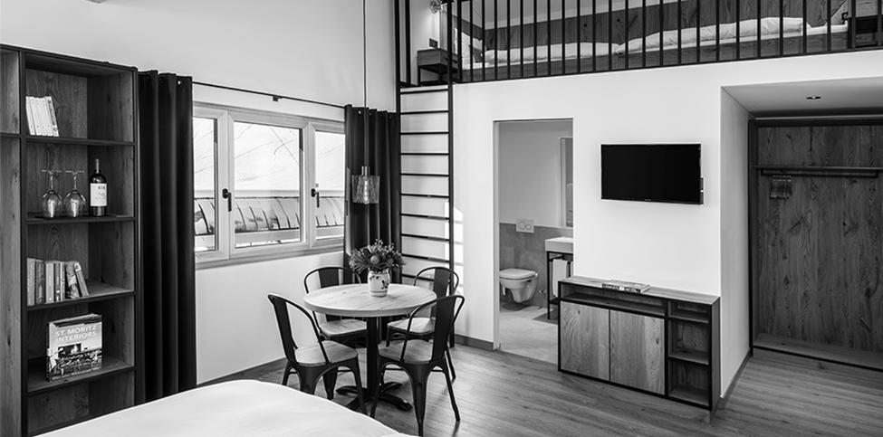 Umbau Und Erneuerung Hotel Pellas, Vella